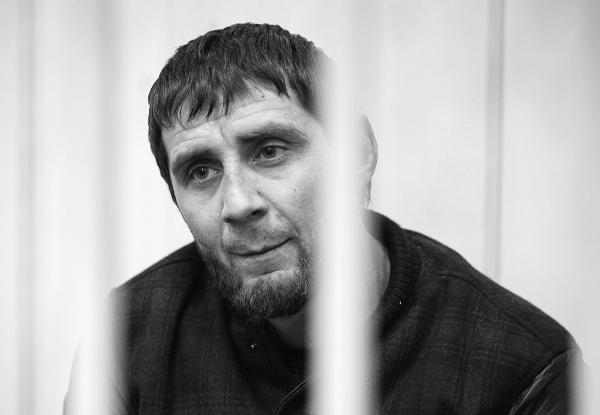 Заур Дадаев признался в причастности к убийству Бориса Немцова. «Вина Дадаева подтверждается его признательными показаниями», – сказала судья Басманного суда. Он арестован до 28 апреля