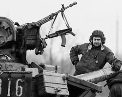 В военном противостоянии нет такого понятия, как неопределенная «зрадо-перемога». Там – или побеждают, или проигрывают (Фото: Reuters)