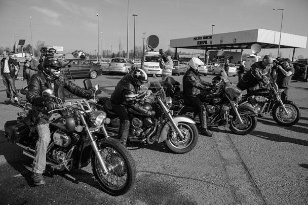 Польские байкеры в ожидании российских участников мотопробега