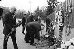 Руководители Одесской области и города возложили цветы к местам трагической гибели одесситов на Соборной площади и Куликовом поле возле Дома профсоюзов (фото: mvs.gov.ua)