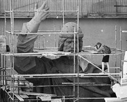 Памятник князю Владимиру сегодня – это напоминание о святости, как национальной идее нашего народа (Фото: Максим Блинов/РИА