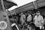 Эксперты уже почти сутки работают на месте ДТП с целью установления всех обстоятельств произошедшего (фото: 55.mvd.ru)