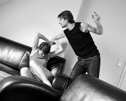 Женщины фактически лишаются защиты от домашнего насилия (Фото: Jorg Lange/DPA/PHOTAS)