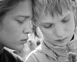 Наталья Водянова с младшей сестрой Оксаной(Фото: facebook.com/natasupernova)