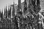 В марше приняли участие 2,3 тысячи военнослужащих. От демонстрации военной техники отказались из-за необходимости экономить: на Крещатике в этот день показалось всего несколько военных автомобилей (фото: facebook.com/president.gov.ua)