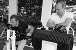 Глава государства и председатель правительства начали воскресное утро в спортзале резиденции с разминки, после чего перешли к упражнениям на силовых тренажерах (фото: Екатерина Штукина/ТАСС)