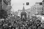 Массовые гуляния на День города в Москве (фото: Dai Tianfang/Zuma/ТАСС)
