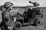 Аваков отметил, что «Стугна-П» имеет быструю полуавтоматическую систему управления и навигации выстрела «в условиях быстро меняющейся обстановки, пересеченной местности, используя эффект неожиданности поражающего удара» (фото: facebook.com/arsen.avakov.1)