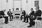 Встречи прошли в том числе и в узком кругу советников и высших должностных лиц, так или иначе принимающих решения относительно ситуации в Сирии (фото: Алексей Дружинин/пресс-служба президента РФ/ТАСС)