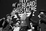Победу на чемпионате усачей и бородачей праздновал Скотт Меттс из местечка Орландо во Флориде. Зрители и пользователи соцсетей отмечали, что победил он вполне заслуженно (фото: Elizabeth Shafiroff/Reuters)
