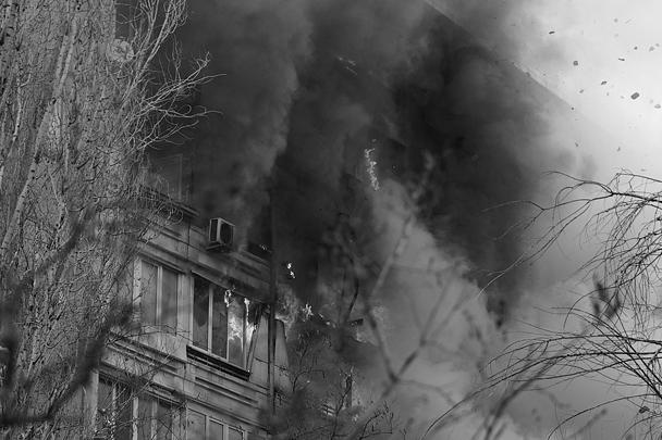 В результате взрыва повреждены 32 квартиры