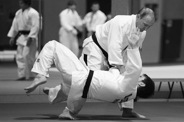 Партнером президента стал главный тренер сборной России по дзюдо Эцио Гамба, под чьим руководством шла вся тренировка