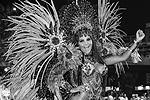 Принять участие в карнавале может каждый, но это стоит денег, не считая затрат на роскошный костюм (фото: imago stock&people/Global Look Press)