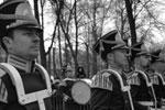 В праздничном шествии в парке «Сокольники» приняли участие музыканты из нескольких оркестров (фото: Владимир Астапкович/РИА Новости)