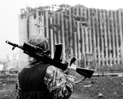 Эти люди словно прорвались из ХХ века обратно, в махровое средневековье, в Чечню (фото: Тутов/РИА Новости)