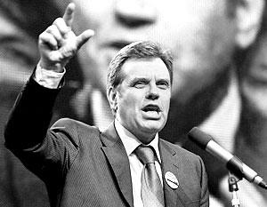 Премьер-министр Сербии Воислав Коштуница сам себя называет «умеренным националистом»