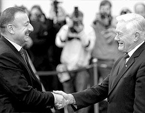 Президент Азербайджана Ильхам Алиев и президент Литвы Валдас Адамкус