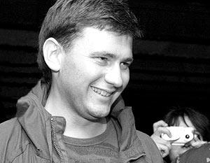 Сам Дмитрий Глуховский считает, что успех его романа объясним