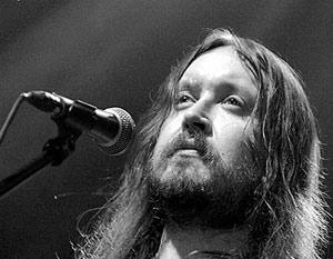 Новосибирцам покажут спектакль о рок-музыканте Егоре Летове