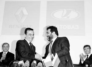Карлос Гон и Рубен Варданян скрепили миллиардную сделку рукопожатием