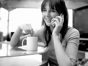 в большинстве развитых стран платит за звонок всегда вызывающий абонент, а не принимающий