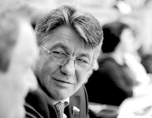 Политика: Виктор Озеров: Политические амбиции удовлетворены выше крыши