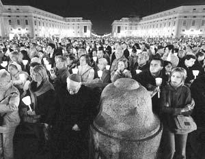 В Ватикане почтили память Иоанна Павла II