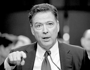 Джеймс Коми всячески пытался продемонстрировать свою невиновность и при этом неспособность как-либо противостоять «сильному» президенту Дональду Трампу