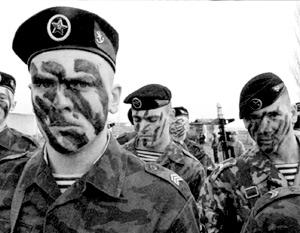 Подразделение ЧФ украинские милиционеры сутки удерживали в Крыму