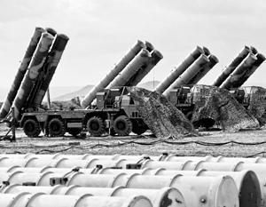 В российские войска уже поставляются С-500, поэтому Москва может себе позволить продать в страны НАТО зенитно-ракетные комплексы предыдущего поколения – С-400