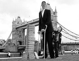 самая длинный человек в мире фото