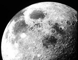 На Луне впервые обнаружена вода