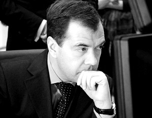 Дмитрий Медведев одним из последних официально поздравил нового президента Украины с избранием