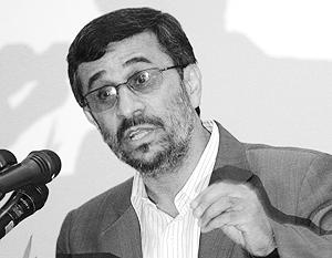 Ахмадинежад обрушился с критикой на Медведева