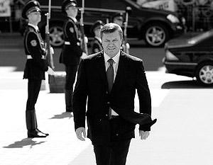 Виктор Янукович идет на изменение конституции