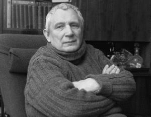 Юрий Мамлеев полагает, что писатель нового жанра должен владеть метафизическими знаниями