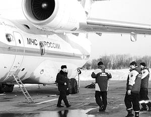 Япония не приняла самолет с атомщиками из России