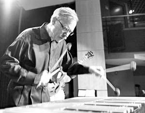 Сегодня Гарри Бертона можно уверенно назвать самым известным вибрафонистом в мире