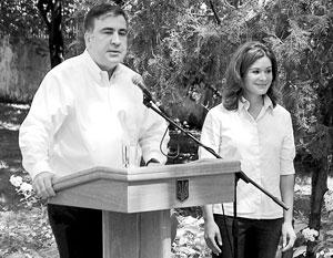 Михаил Саакашвили предпочитает трудоустраивать иностранцев