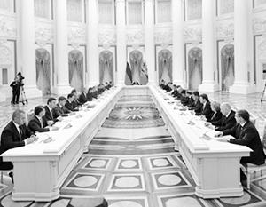 Владимир Путин начал отсчет для выполнения правительством его суперуказа
