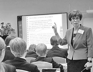 «Единая Россия» обещает делать все от нее зависящее, чтобы жизнь российских учителей стала лучше и веселей