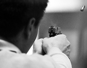 СМИ: Россиянам разрешат использовать боевые пистолеты в целях самообороны