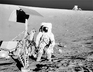 Первые четыре астронавта ступят на поверхность спутника Земли в 2020 году, через 48 лет после того, как там в 1972-м побывала последняя пилотируемая экспедиция Apollo 17