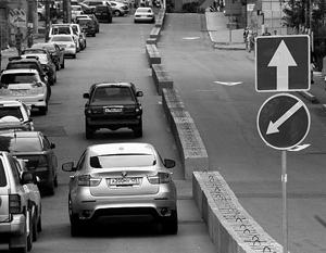 Изменение схемы дорожного движения в центре Владивостока, введенное в ночь со среды на четверг, привело к сумятице и...
