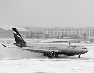 Снегопад нарушил график работы московских аэропортов
