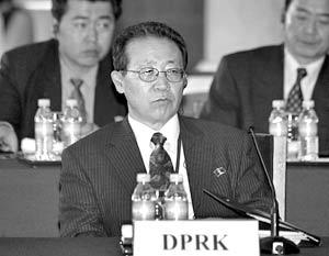 Глава северокорейской делегации Ким Ге Гван