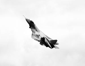 Полет на ПАК ФА впервые совершил войсковой летчик