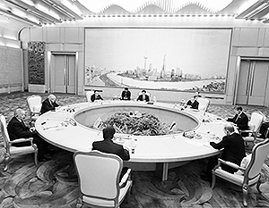 В мире: Россия и Китай укрепляют свой союз в рамках ШОС