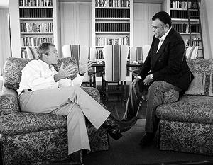 За 23 года работы послом в США принц так сдружился с президентами из семьи Буш, что даже сам получил прозвище Бандар Буш