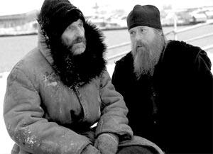 Петр Мамонов и Виктор Сухоруков в фильме «Остров»